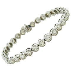 Brilliant-cut Diamond Gold Bezel-Set Tennis Bracelet