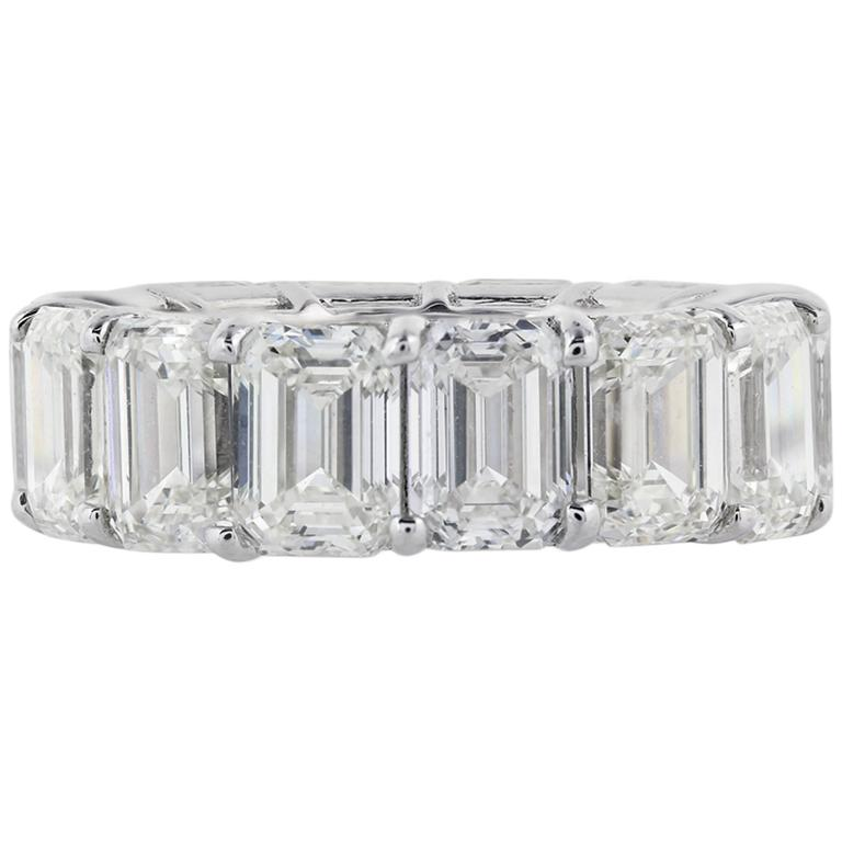 14.35 Carats Emerald Cut Diamonds Platinum Band Ring For Sale