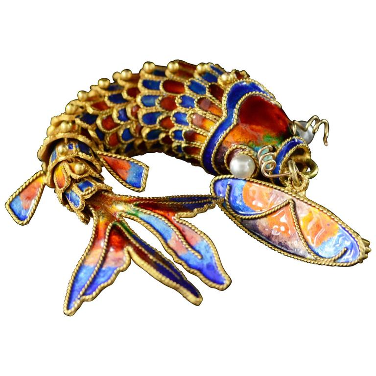 Victorian Era Chinese Red and Blue Enamel Gold Articulated Fish Pin For Sale