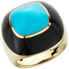Turquoise & Onyx Sugarloaf Style 18 Karat Yellow Gold Ring