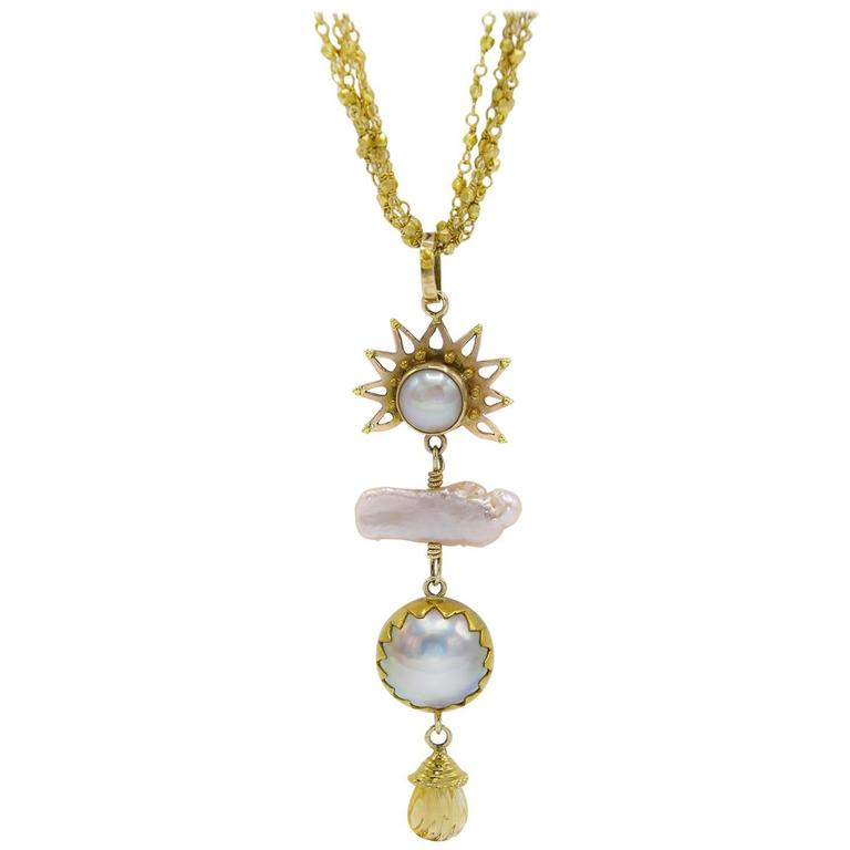 Sunset Pink and Peach Pearl Gold Pendant For Sale