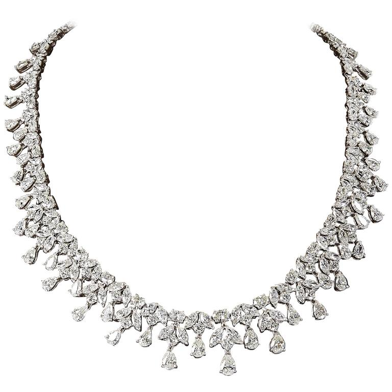 Elegant 46 Carats Diamonds Necklace