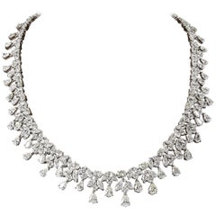 Elegant 46 Carat Diamonds Necklace