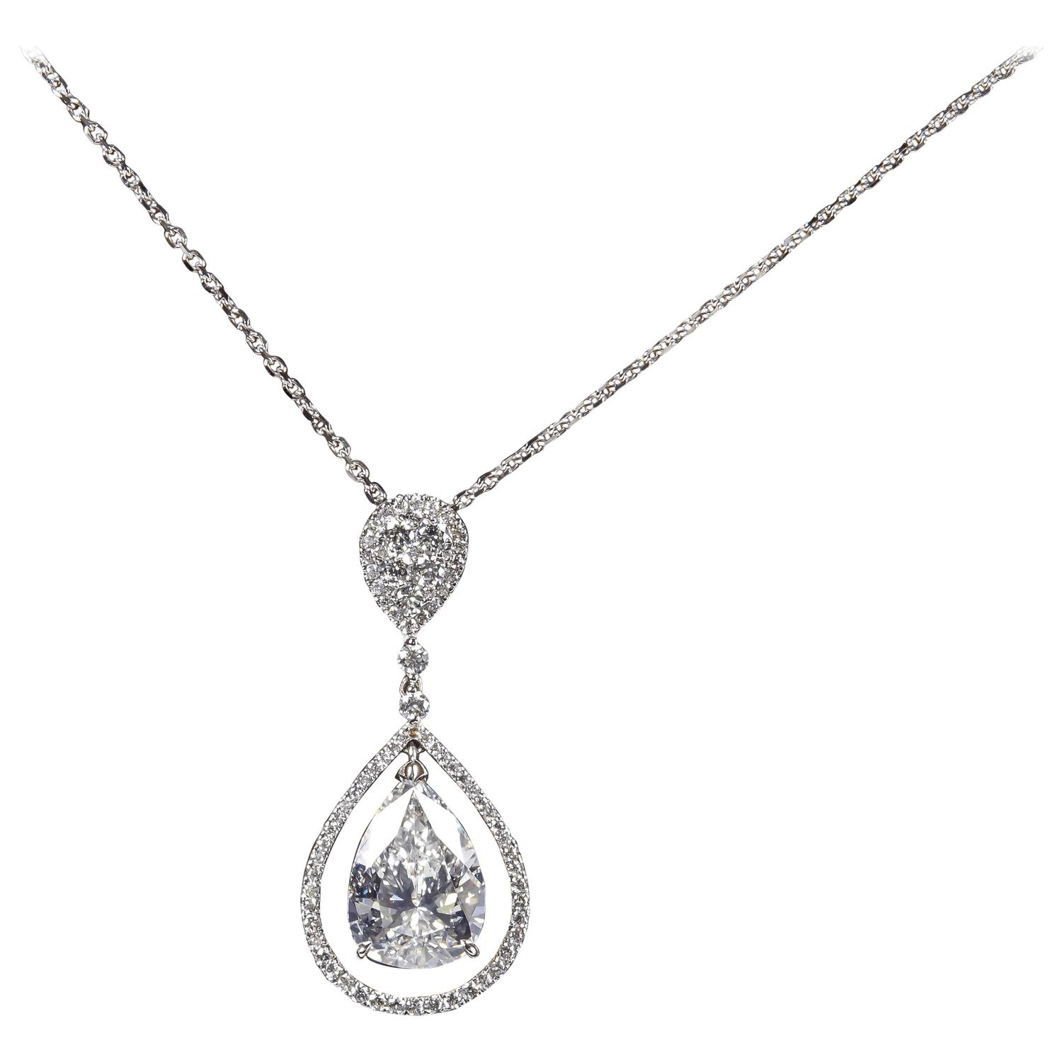 shaped jewelry pendant diamond pear blue topaz