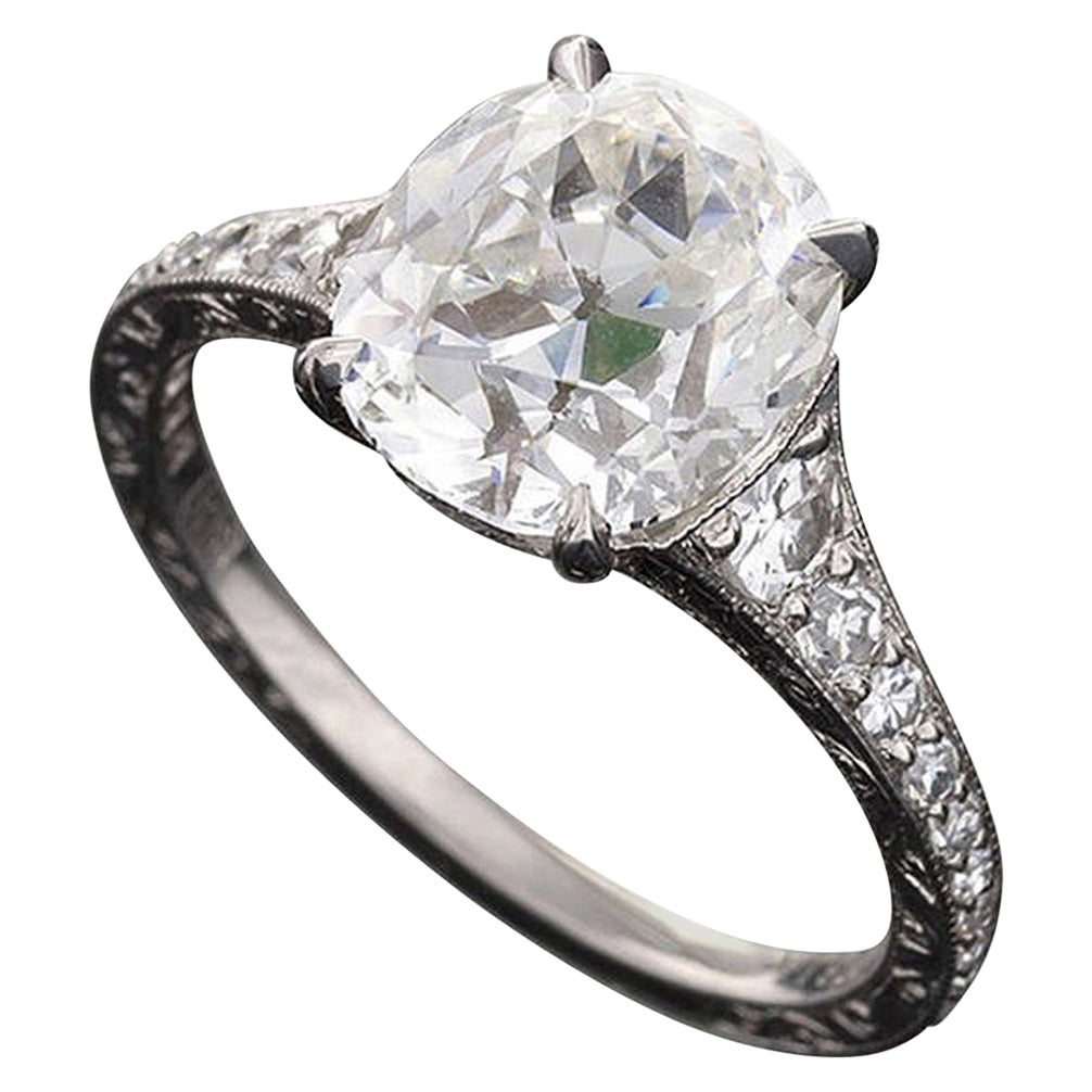 Oval Cushion-Cut Diamond Ring