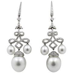 18 Karat White Gold South Sea Pearls Diamond Chandelier Earrings