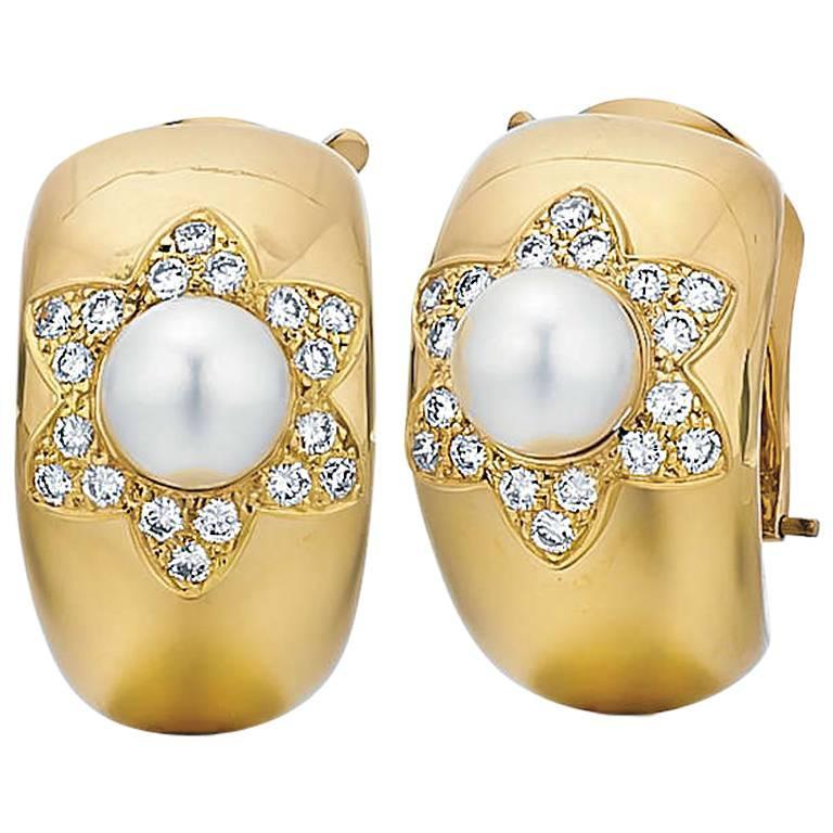 Van Cleef & Arpels Cultured Pearl Diamond Gold Earrings