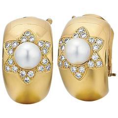 Van Cleef & Arpels Cultured Pearl Diamond Gold Earrings