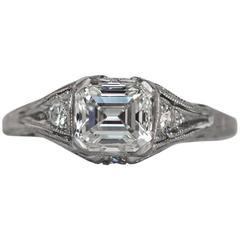 1940s Art Deco 1.00 Carat Emerald Cut Diamond Platinum Engagement Ring