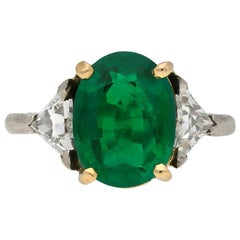 Belle Époque Colombian emerald and diamond ring, circa 1910.