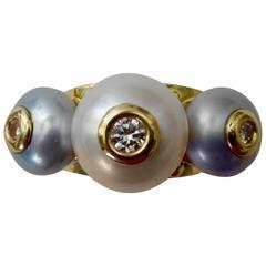 Michael Kneebone Cultured White Gray Pearl Diamond Tre Perla Ring
