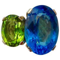 Michael Kneebone Blue Topaz Peridot Gold Due Pietra Ring