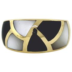 Asch Grossbardt Mother of Pearl Onyx Gold Ring