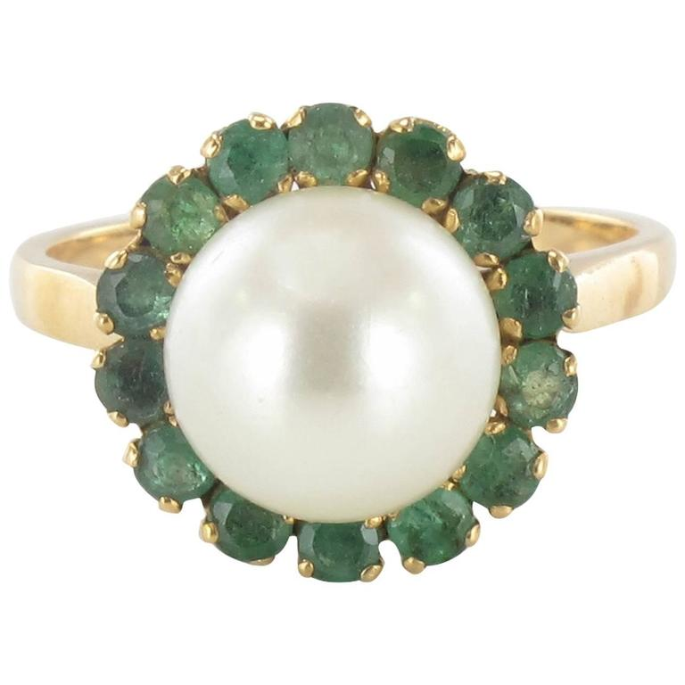 1970s French Pearl Emerald Gold Ring