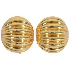 Melon Shaped Ribbed Gold Earclips
