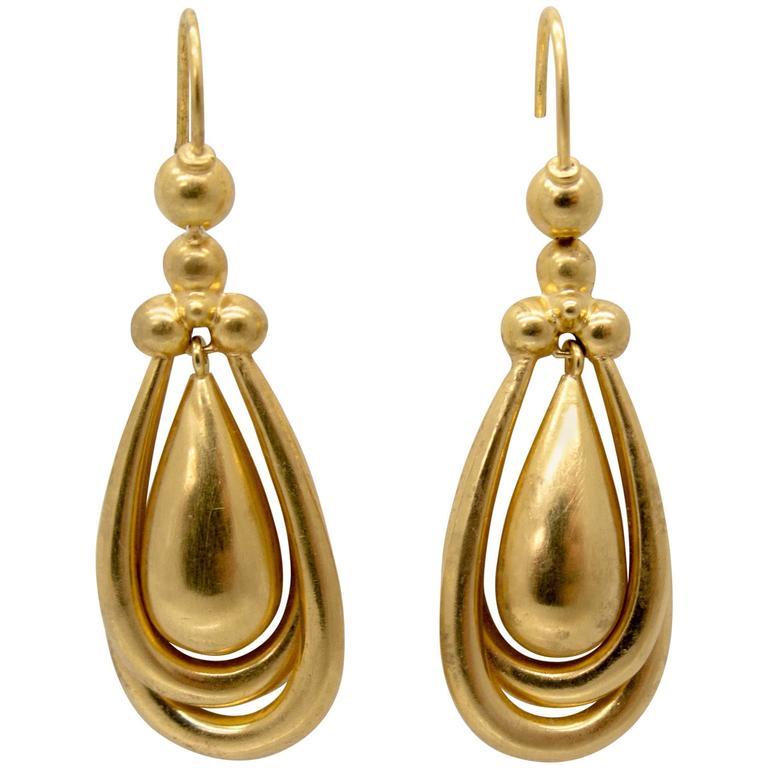 Distinctive Victorian Gold Drop Earrings