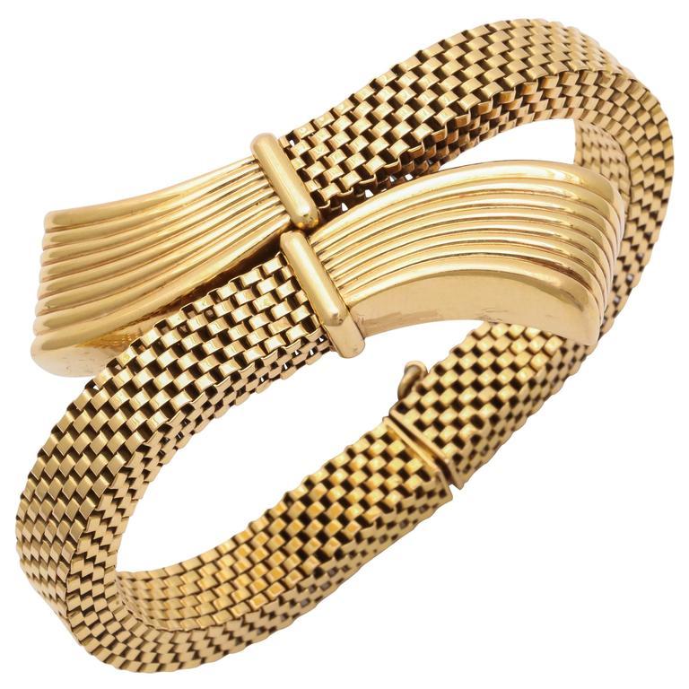 Retro Gold Stylized Bracelet