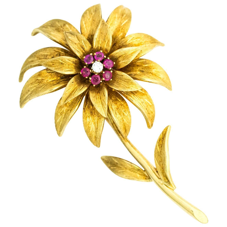Tiffany And Co 1950s 18 Karat Gold Italian Flower Pin With Diamond
