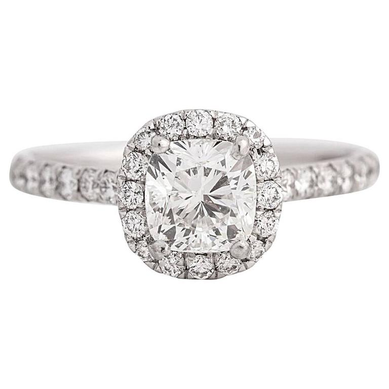 GIA 1 01 carat Cushion Cut Diamond Engagement Ring For Sale at 1stdibs