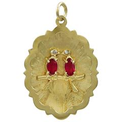 Lovebirds Gemset Gold Charm