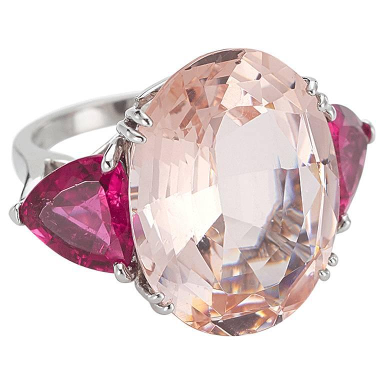 Distinctive Morganite Tourmaline Gold Ring For Sale at 1stdibs
