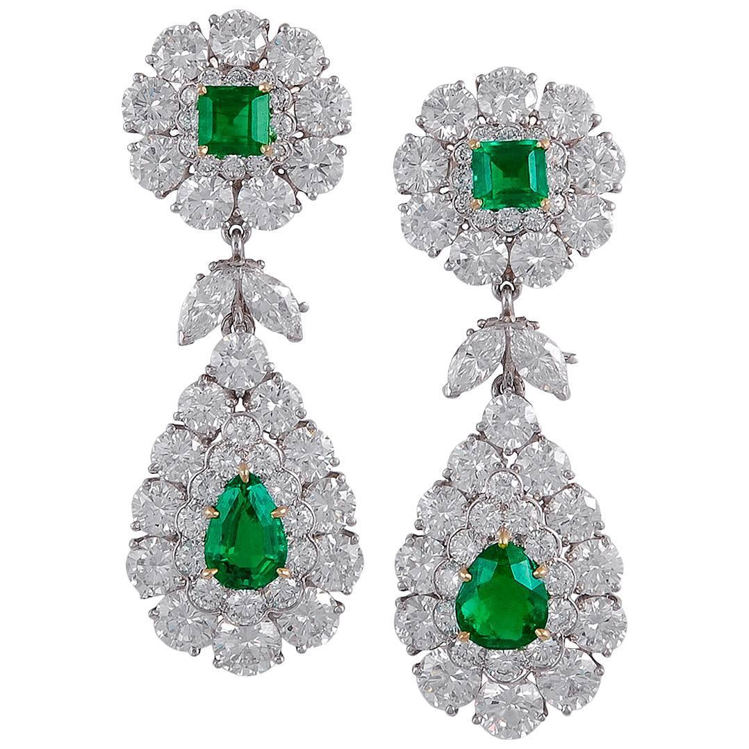 Van Cleef and Arpels Emerald and Diamond Earrings For Sale at 1stdibs