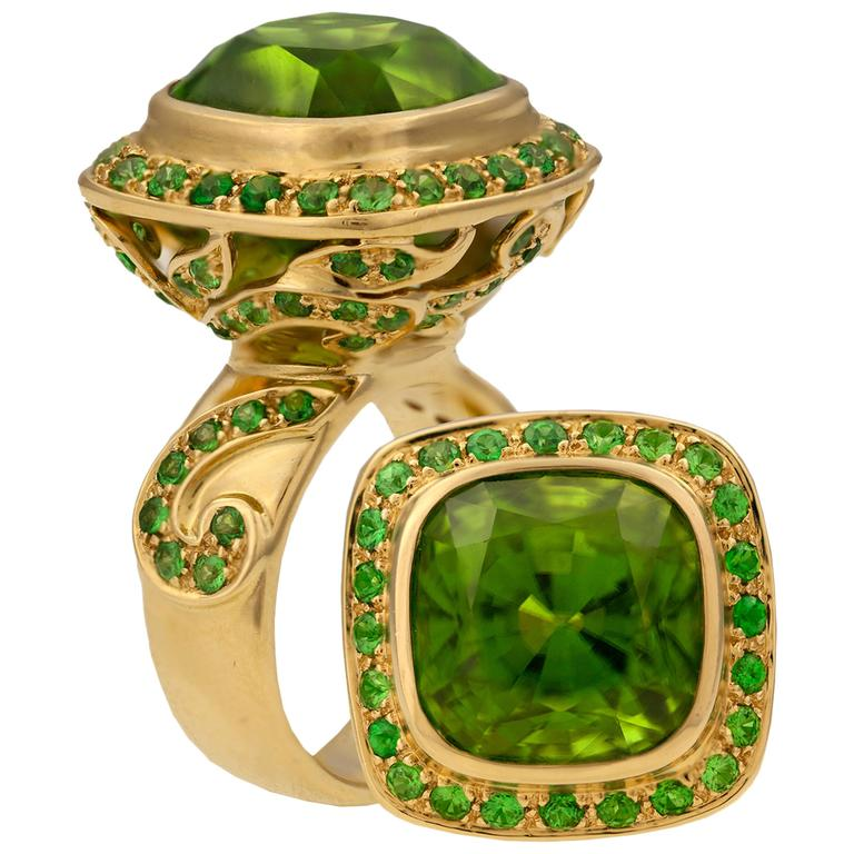 Crevoshay Captivating Handmade Peridot Tsavorite Gold Ring For Sale