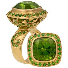 Crevoshay Captivating Handmade Peridot Tsavorite Gold Ring
