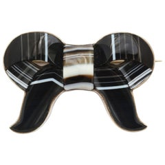 Scottish Banded Agate Bow Brooch