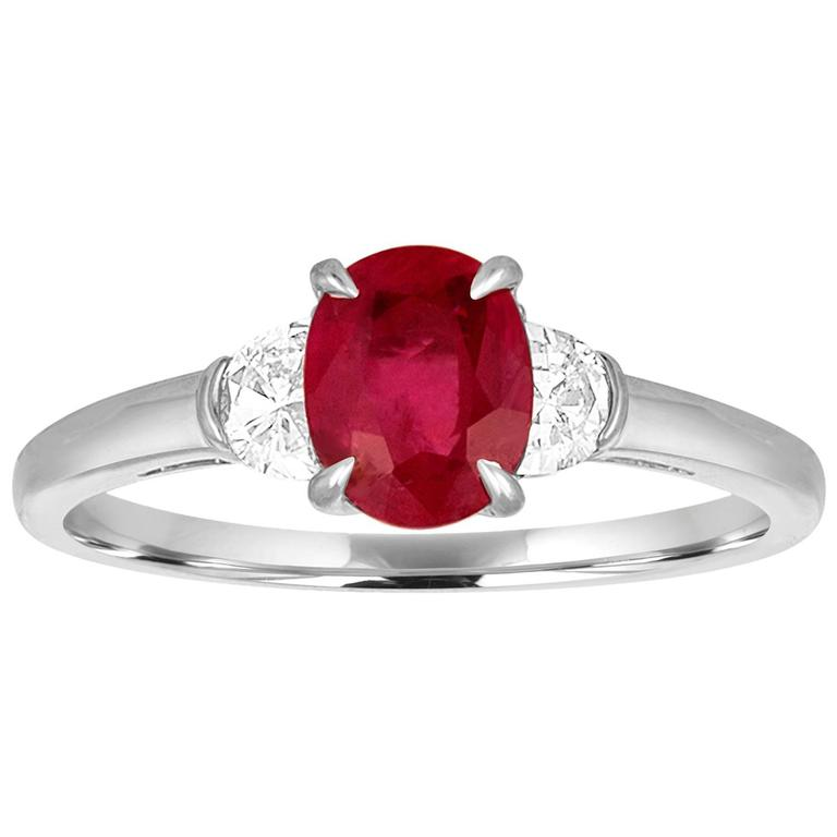 Agl Certified 1 04 Carat Oval Ruby Diamond Gold Ring For