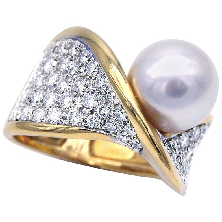 Mikawa by Damiani, Pearl and Diamond Gold Ring