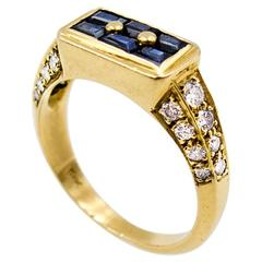 Elegant Sapphire Diamond Gold Panel Ring