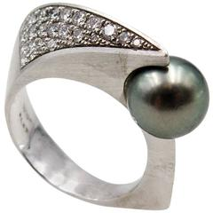 Streamlined William Richey Grey Pearl Diamond Platinum Ring