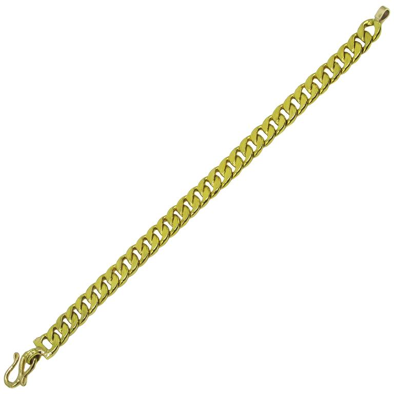 Classic Curb Chain Gold Bracelet