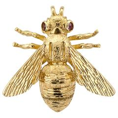 1970s Ruby Gold Bee Brooch