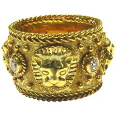 Exceptional Signed Etruscan Style Cat Head Diamond Gold Band Ring