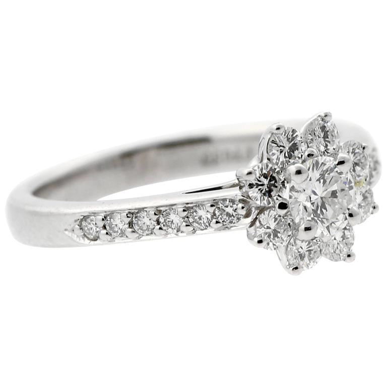b32b69740a50 Tiffany and Co. Diamond Platinum Flower Ring For Sale at 1stdibs