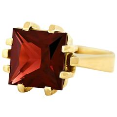 1970s Modernist Garnet Set Gold Ring