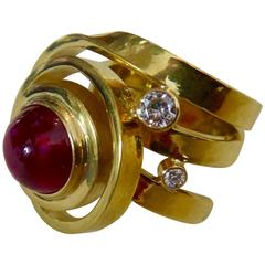 Cabochon Ruby Diamond Forged 18 Karat Yellow Gold Ring
