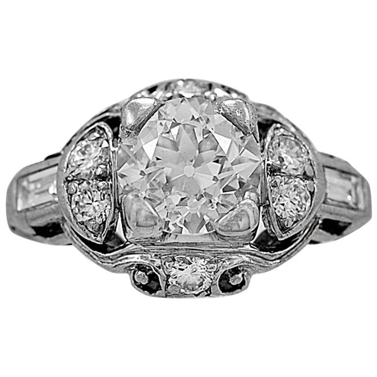 Art Deco 1.08 Carat Diamond Platinum Engagement Ring