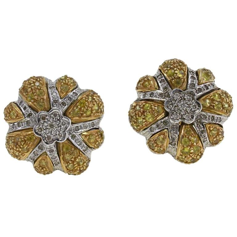 Diamond yellow sapphires Gold Daisy Earrings For Sale
