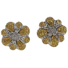 Luise Diamond Topaz Gold Daisy Earrings