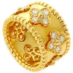 Van Cleef & Arpels Perlee Diamond Gold Ring
