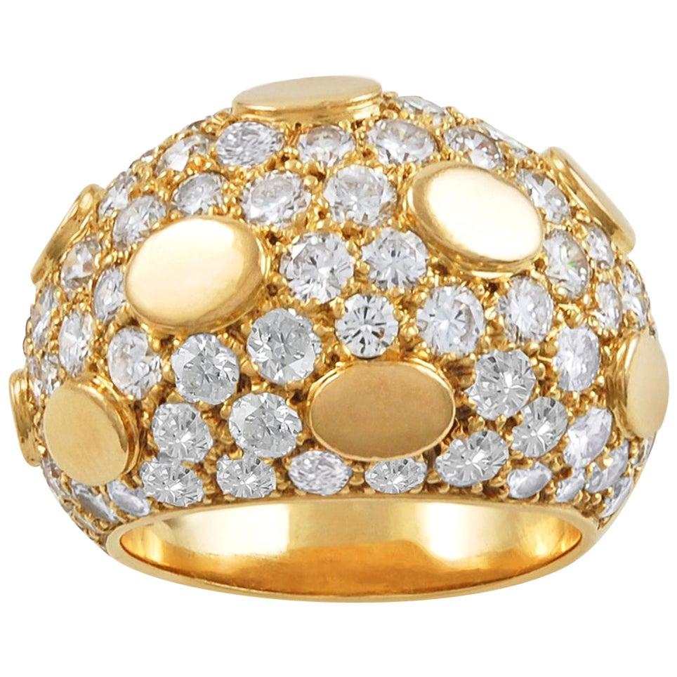 Van Cleef & Arpels Diamond Bombe Sequin Ring
