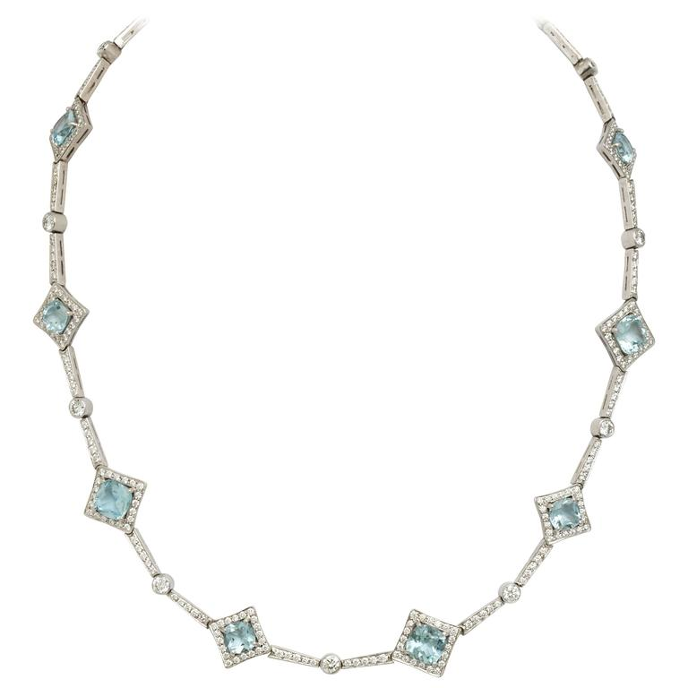 Tanagro 4.96 carats white Diamond and 11.23 carats Aquamarine Platinum Necklace