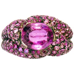 Pink Sapphire 3,02 Cts Set with 3,48 Cts of Pink Rubies and Sapphires Ring