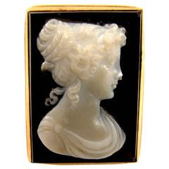1900s Antique Onyx Cameo Gold Ring