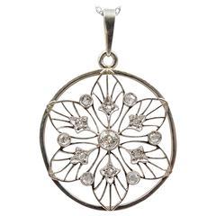 Charming  Diamond Set Platinum Snowflake Pendant