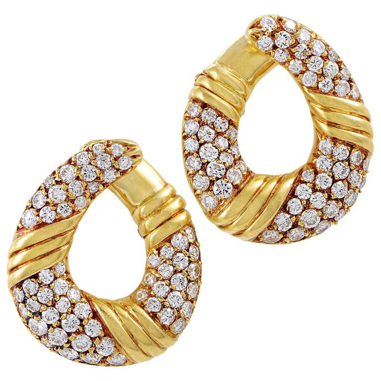 Van Cleef & Arpels Yellow Gold Diamond Pave Clip-On Earrings 1
