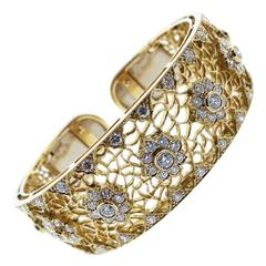 Daytime Diamond Cuff Bracelet with 4.0 Carat of Diamonds